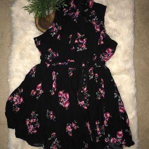 Torrid Floral Sleeveless Dress w Belt Tie Neck